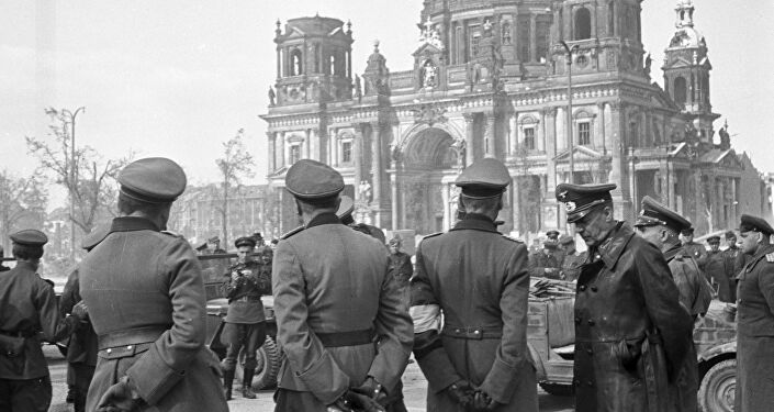 Berlin Dom 1945